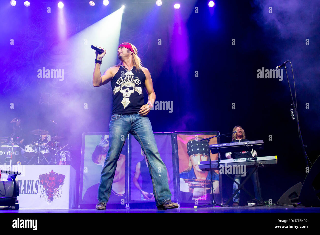 Bret michaels motor city casino new frontier casino attractions