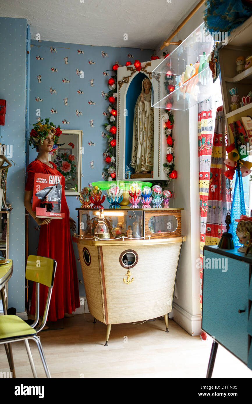 50 39 s fifties kitsch home interior ornamentals stock photo for Home interior shopping