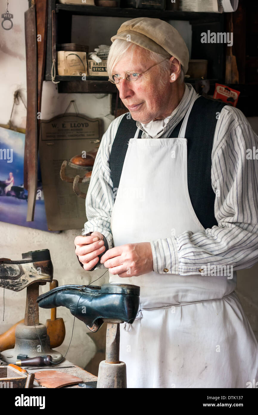 Man Dressed In Period Costume Working As A Shoemaker In Cobblers Stock Photo 66800811 Alamy