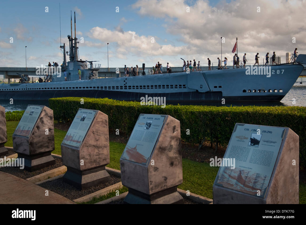 Submarine Memorial and USS Bowfin Submarine, Pearl Harbor ...