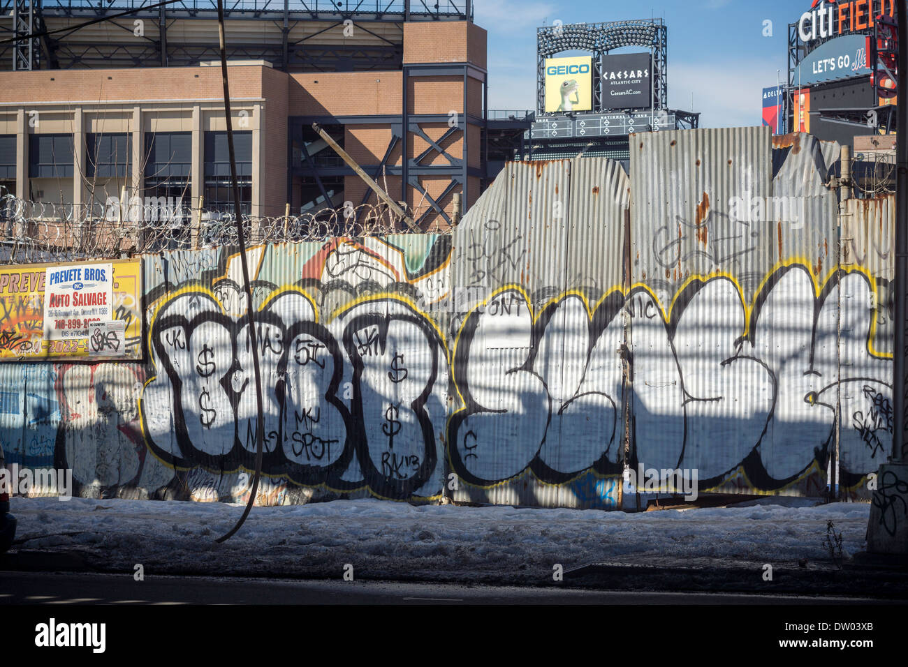 Graffiti wall in queens ny - Graffiti Covered Wall Underneath The Flushing Line Elevated Trestle In The Willets Point Neighborhood In Queens In New York