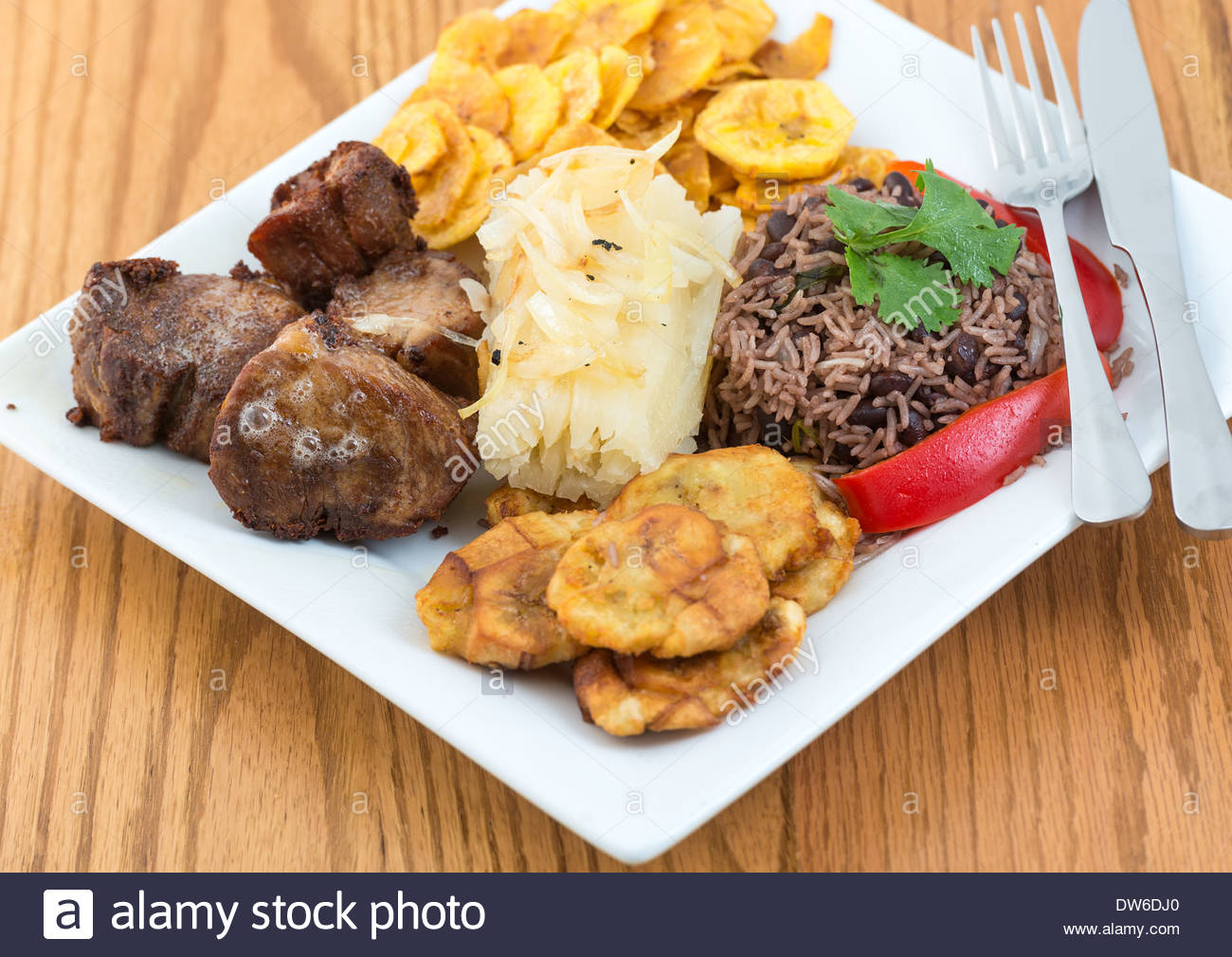 Traditional cuban cuisine fried pork green banana chips for Authentic cuban cuisine