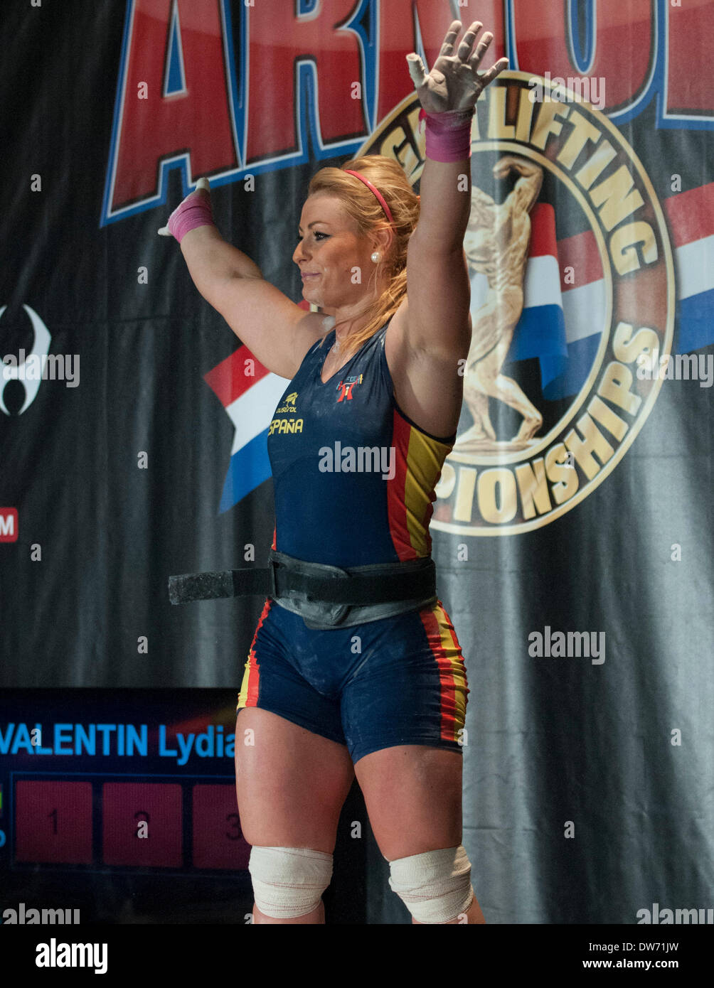 Schön Columbus, Ohio.1 March, 2014  Lydia Valentin Salutes Her Fans At The Arnold  Weightlifting Championships. Credit: Brent Clark/Alamy Live News