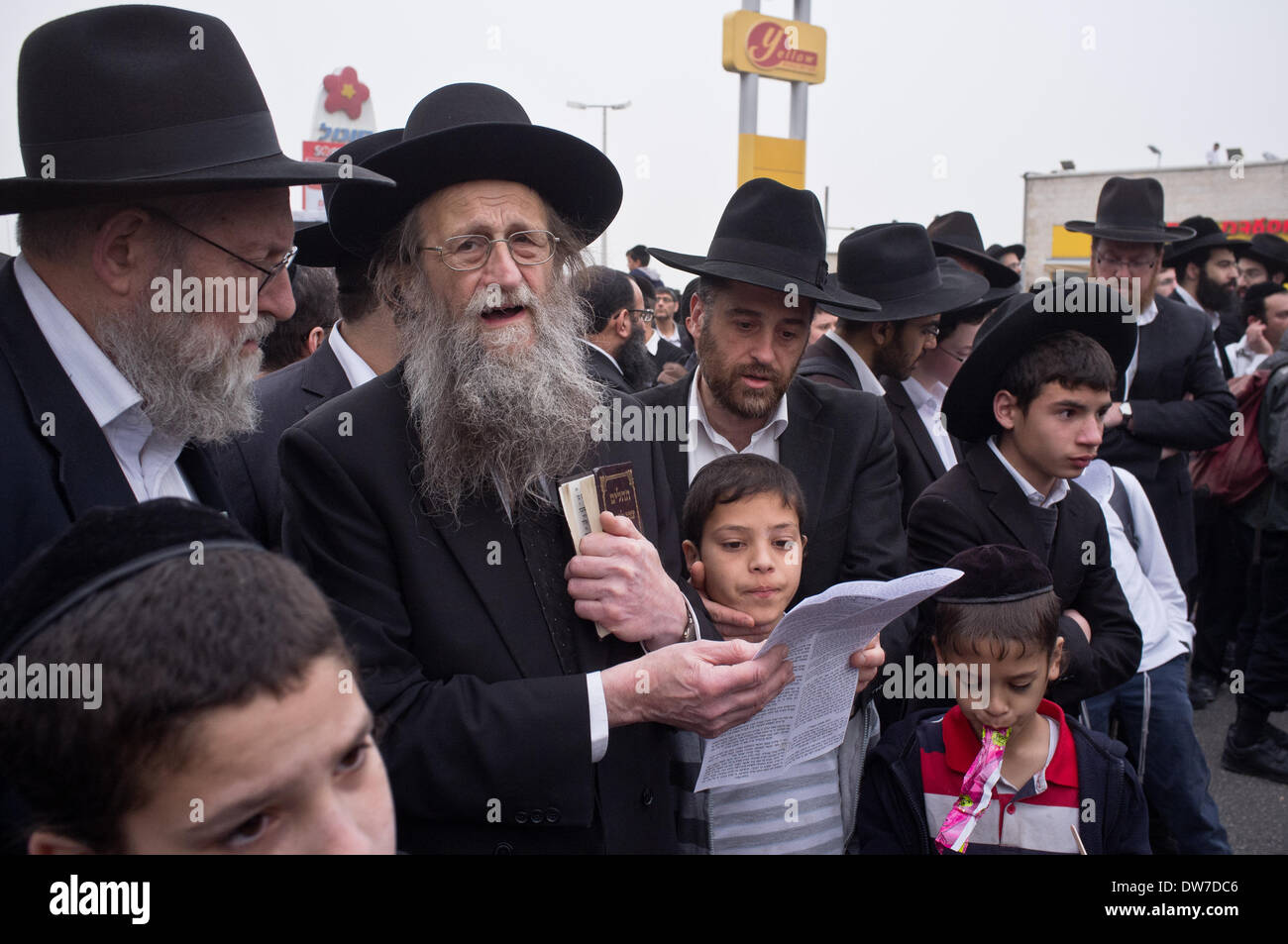 Haredi Jews In Israel: Hundreds Of Thousands Of Ultra-Orthodox Haredi Jews Stage
