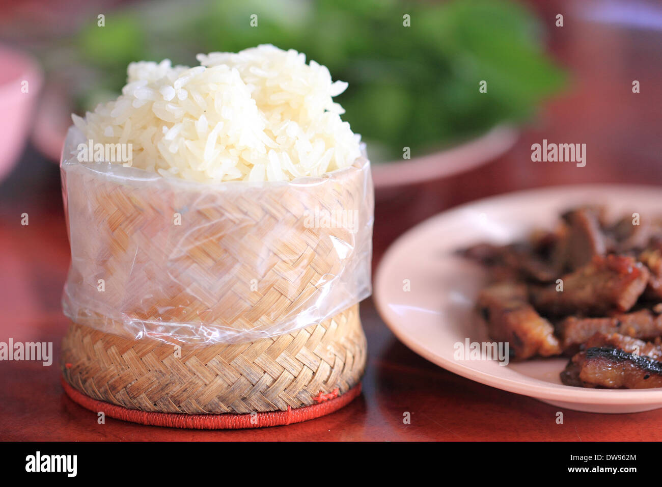 Sticky Rice Served In A Traditional Lao And Thai Woven Bamboo - Cuisine laotienne