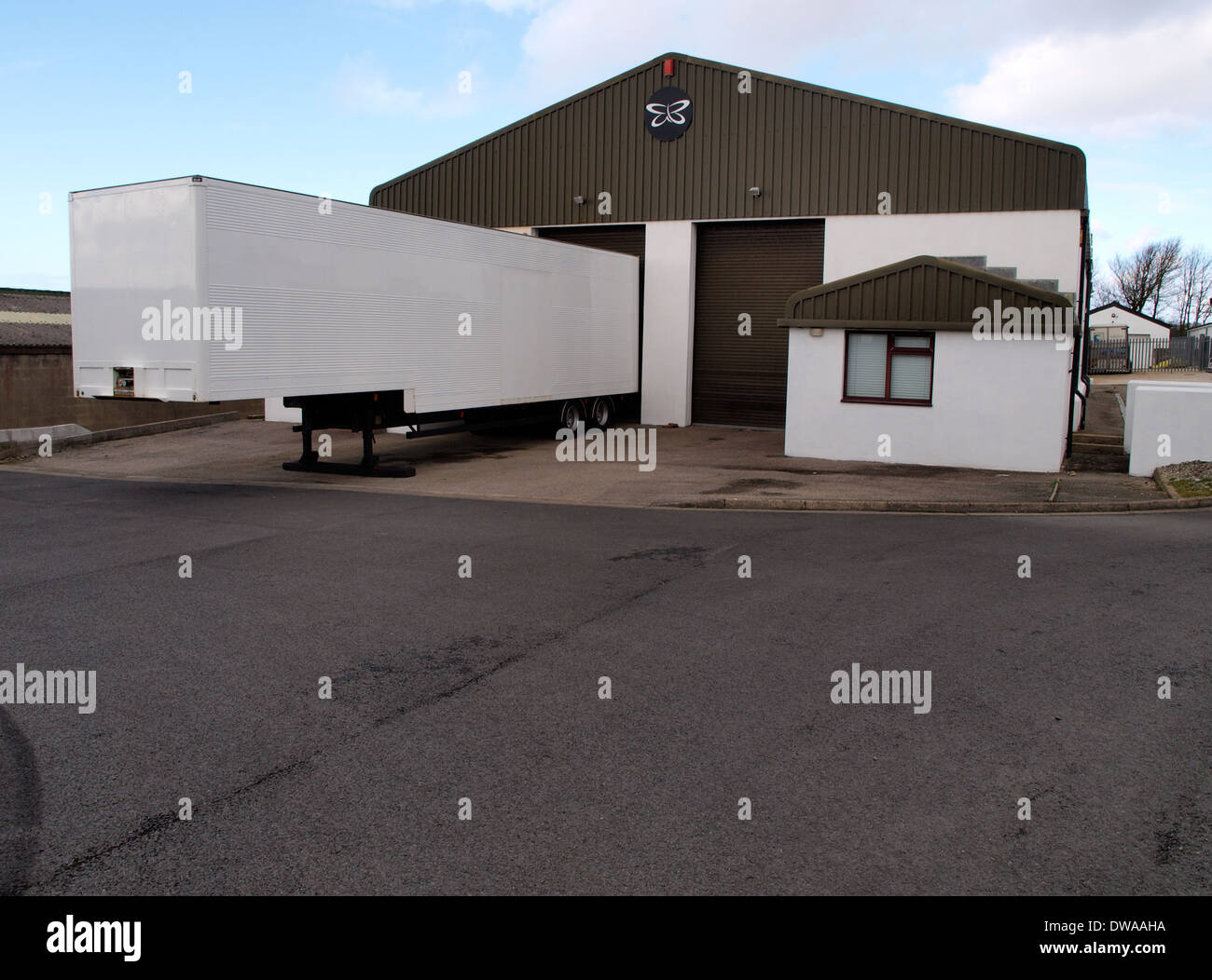 8205 cornwall - Semi Trailer Parked Outside Warehouse On Industrial Estate Bude Cornwall Uk