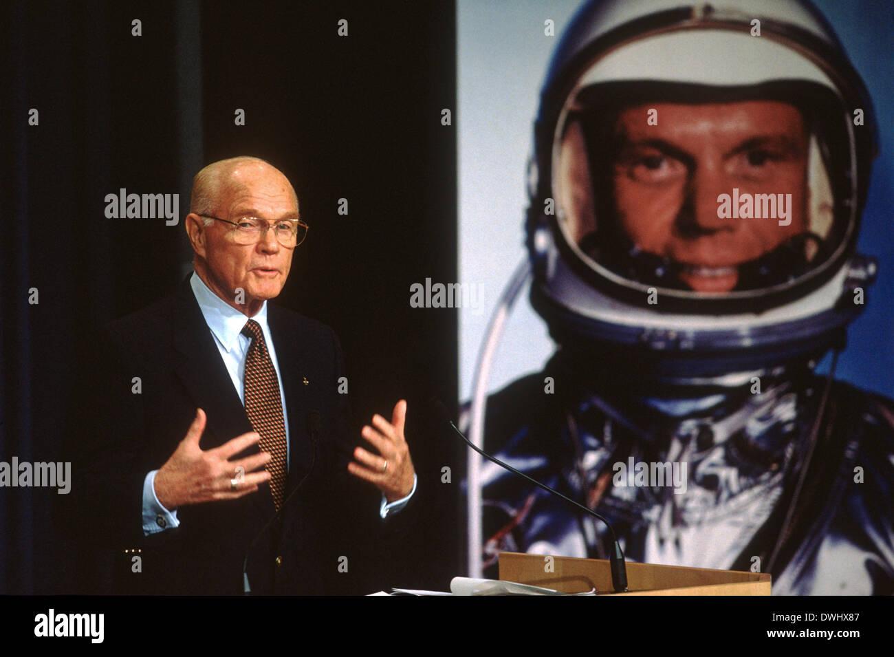 US Senator and astronaut John Glenn announces that at age ...