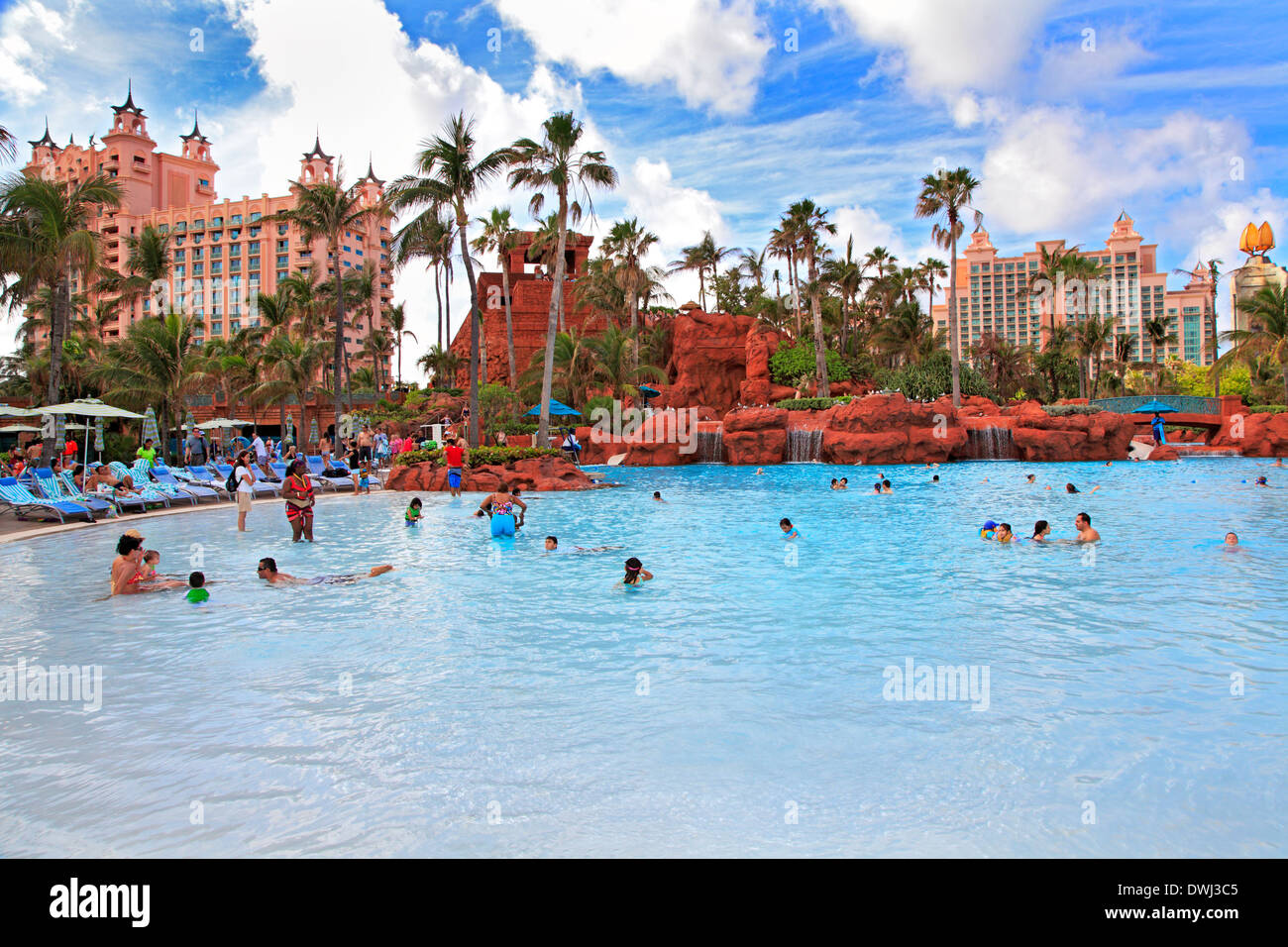 Paradise island atlantis swimming pool nassau bahamas for Atlantis pools