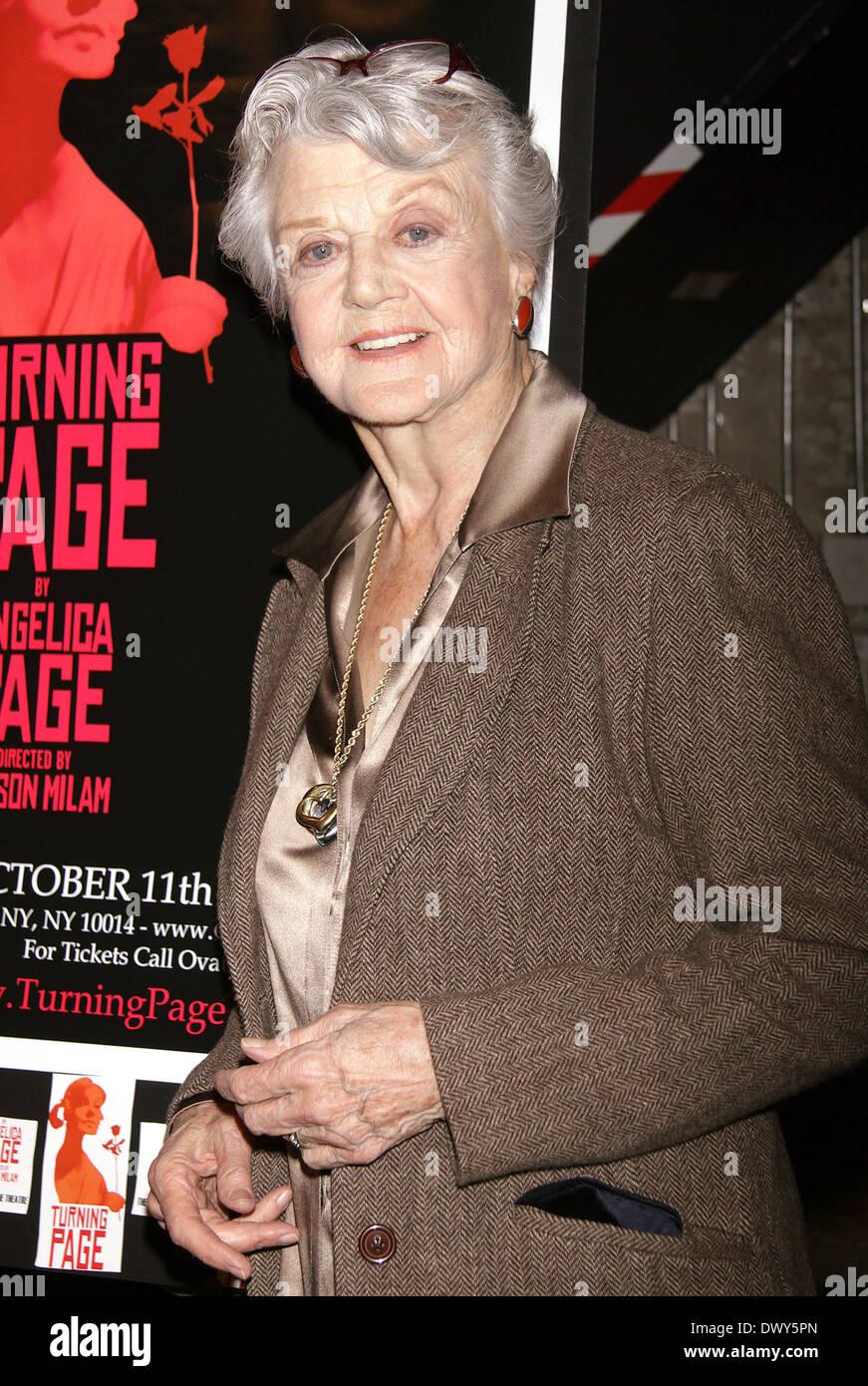 Angela Lansbury plays