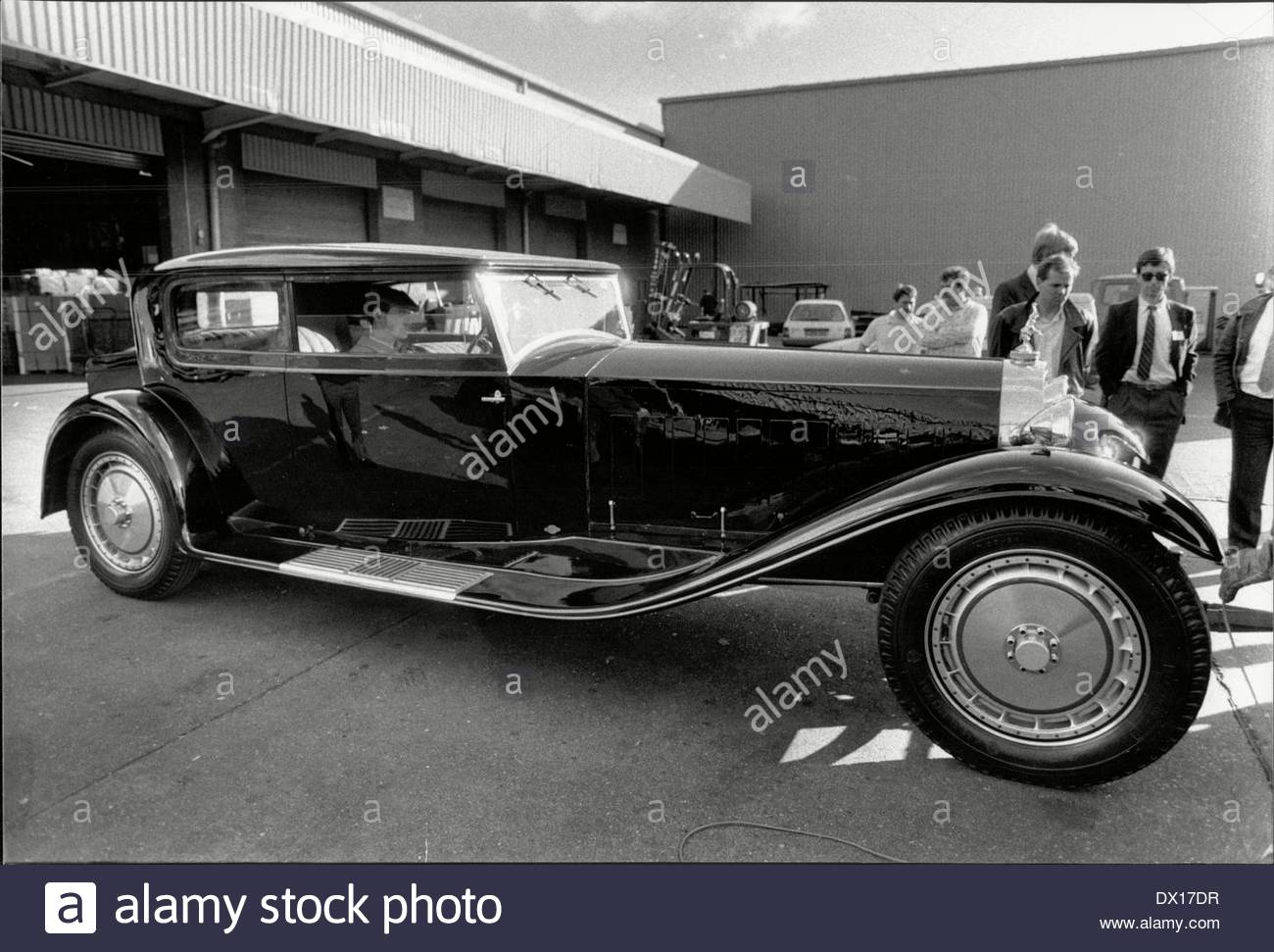 Pictures of old motor cars - All Pictures top