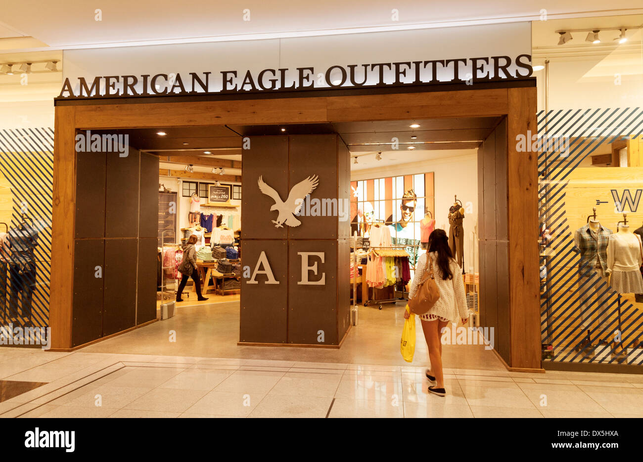 american eagle outfitters store shop dubai mall dubai uae united stock photo royalty free. Black Bedroom Furniture Sets. Home Design Ideas
