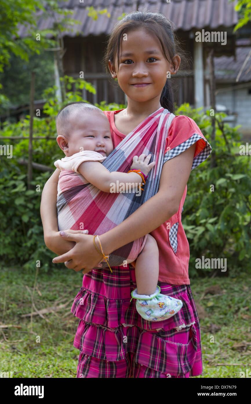 Lao Women Nu 34