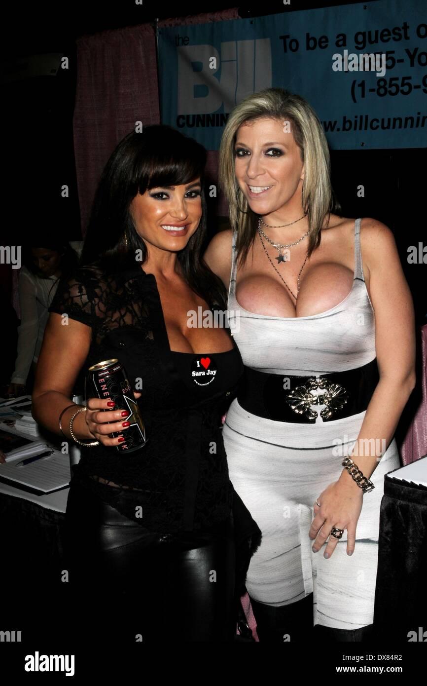 Lisa Ann And Sara Jay