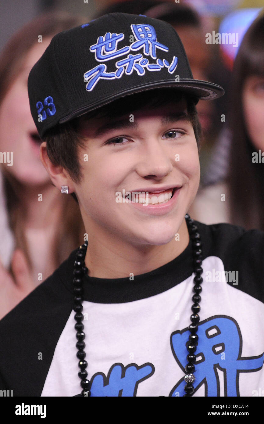 Austin mahone interview and performance on much musics stock austin mahone interview and performance on much musics newsicve toronto canada 031212 voltagebd Image collections
