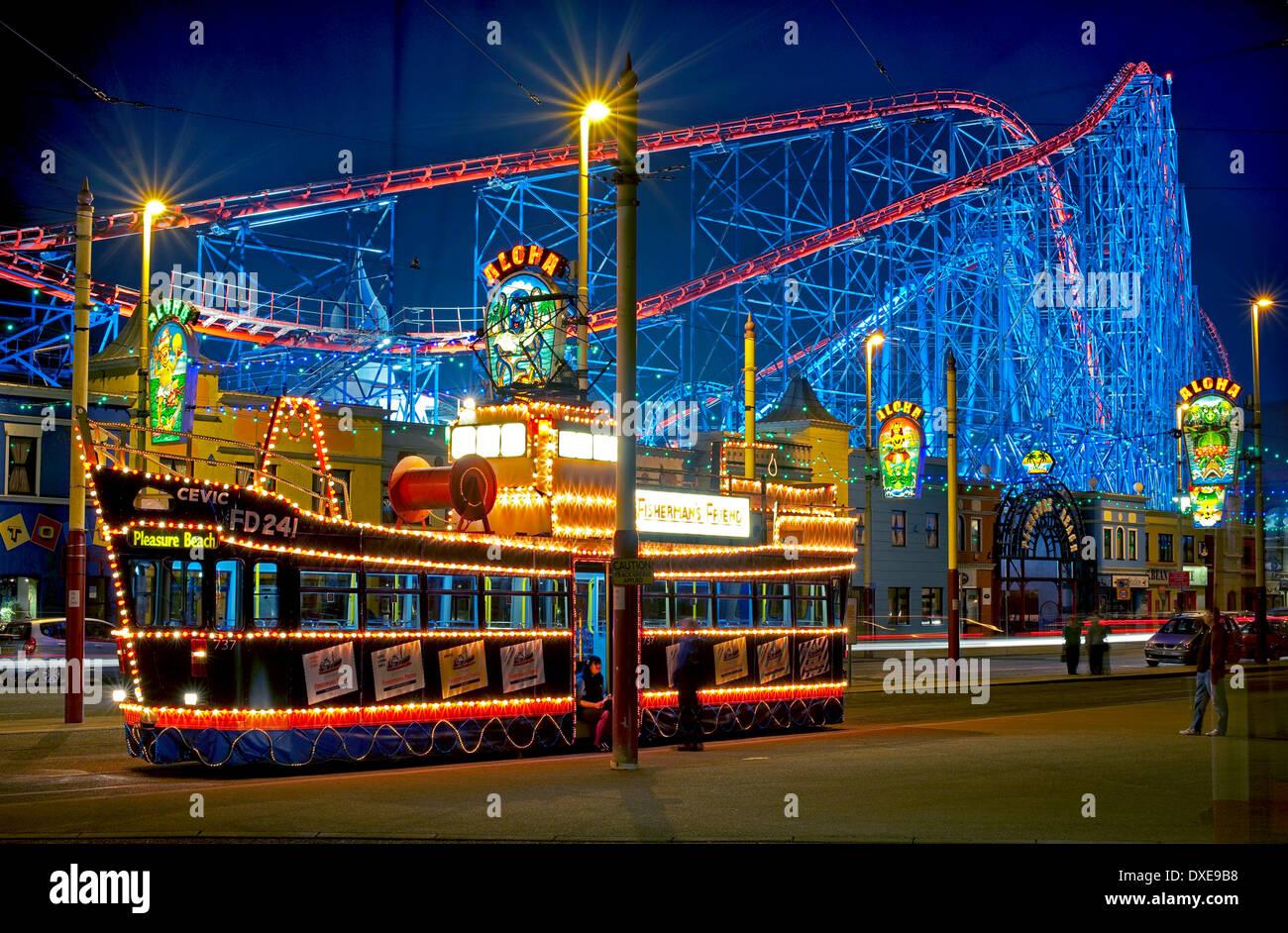 Ceiling Lights Blackpool : Blackpool illuminations trams illuminated