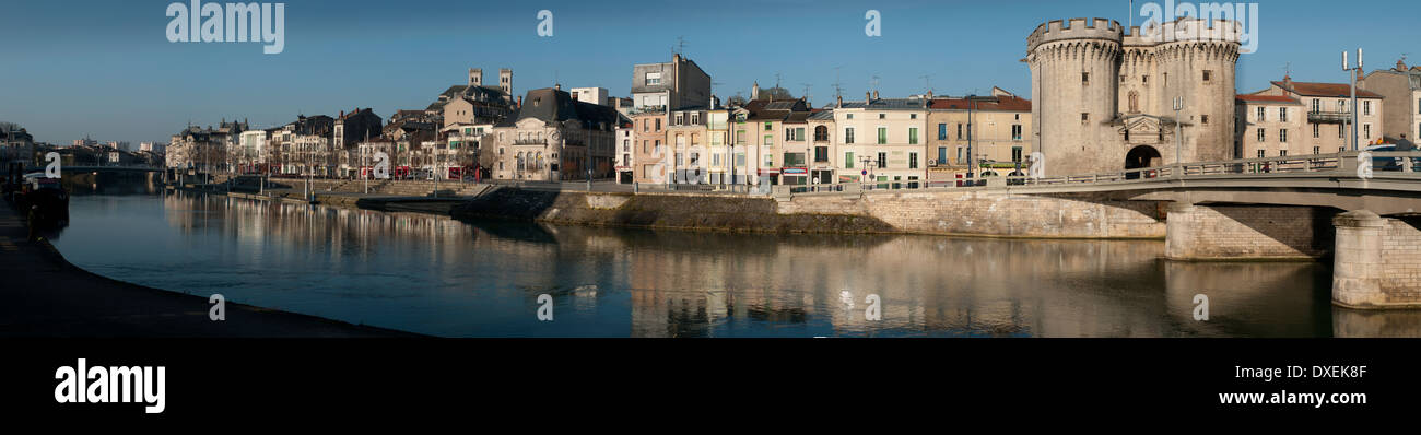 verdun town on the river meuse ww1 battlefield site stock photo royalty free image 67934623. Black Bedroom Furniture Sets. Home Design Ideas