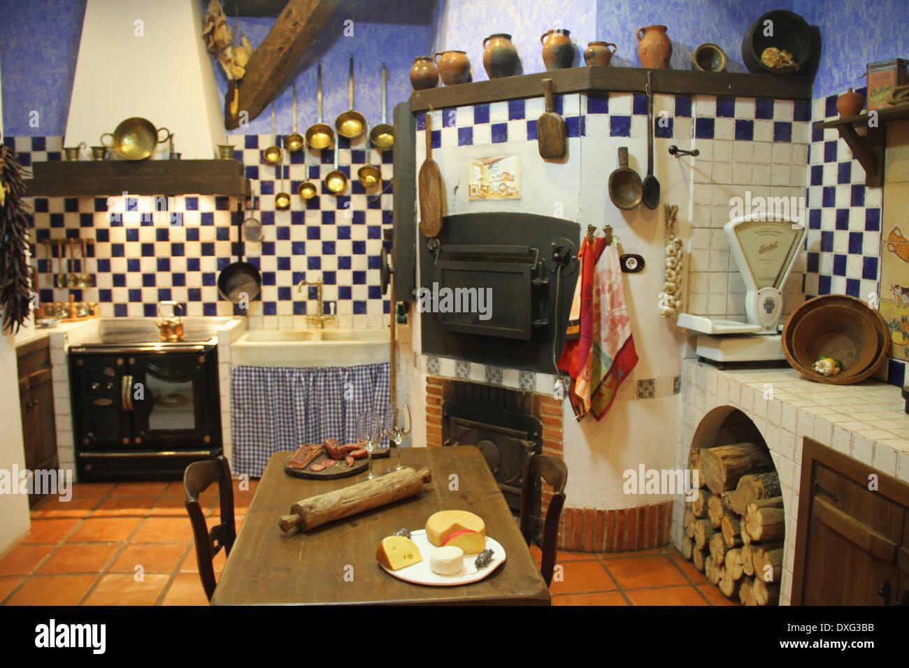 Traditional Spanish Farmhouse Kitchen