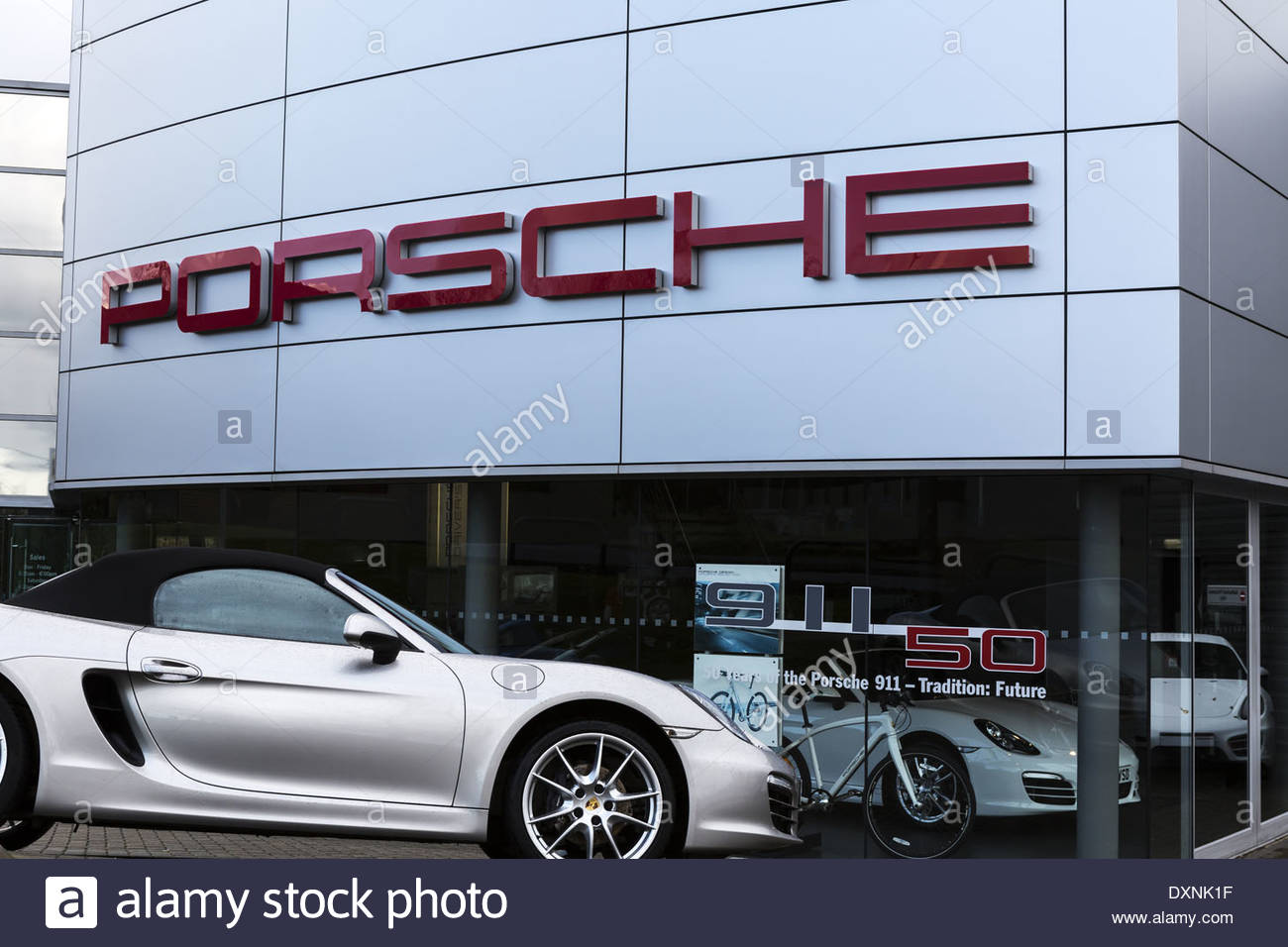 new porsche chicago il used cars loeber motors autos post. Black Bedroom Furniture Sets. Home Design Ideas