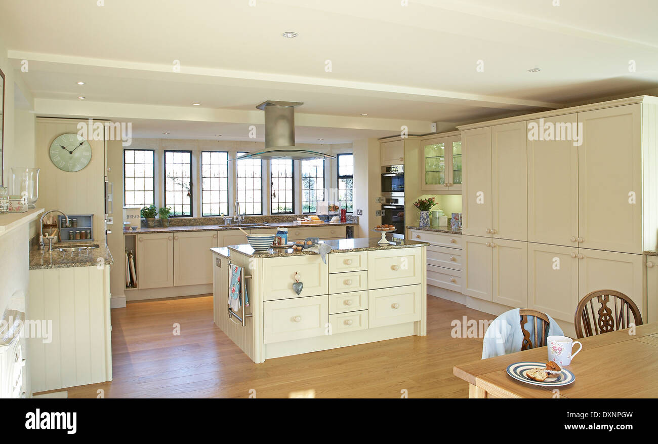 Large Modern Cream Country Kitchen In A Home In The Uk Stock Photo