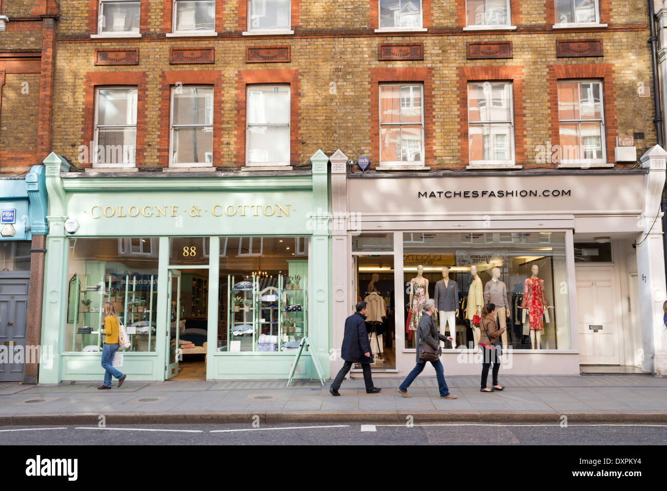 Small Shops In Marylebone High Street London England Uk