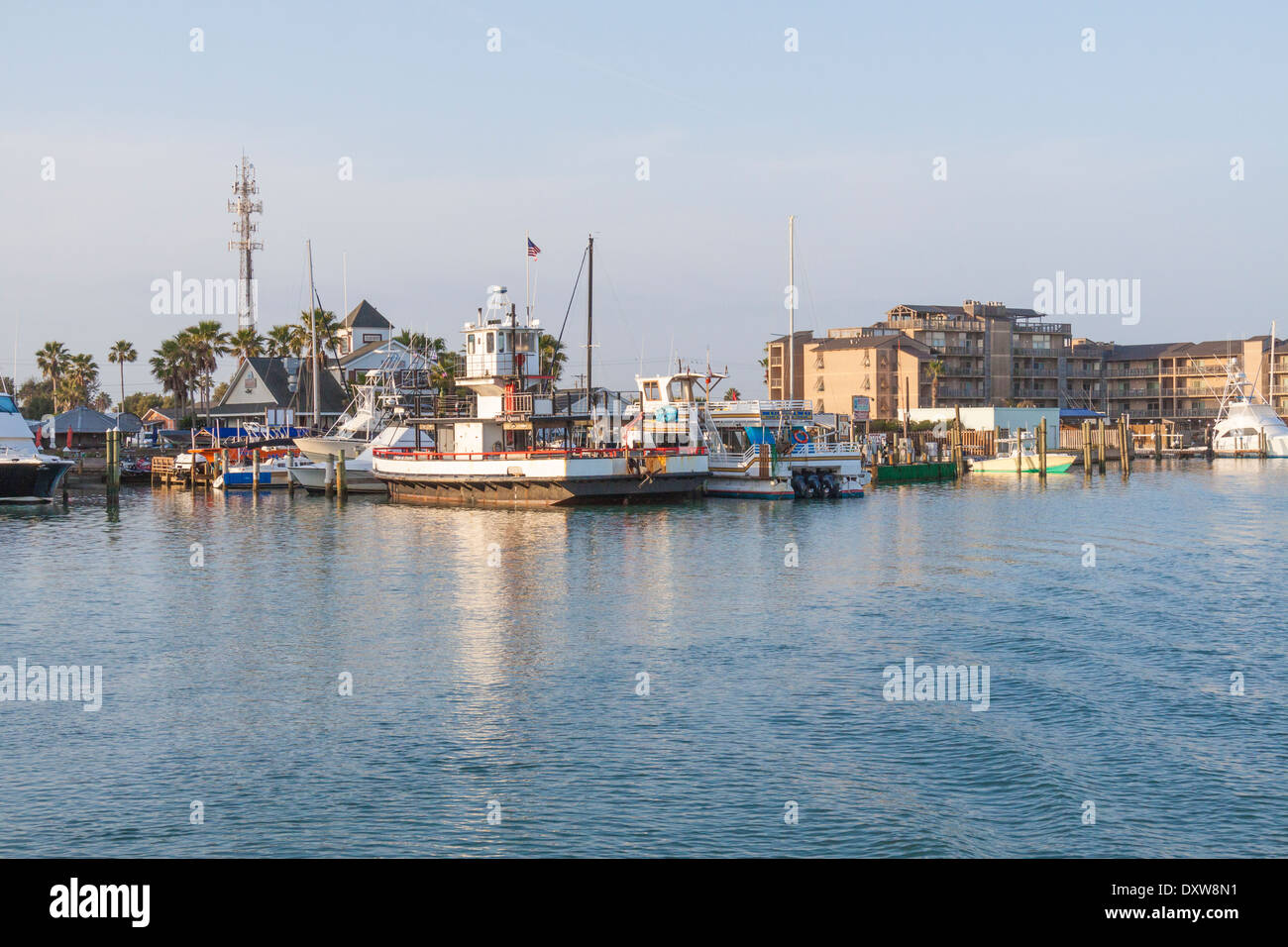 Port aransas harbor and fishing village in port aransas for Fishing in port aransas