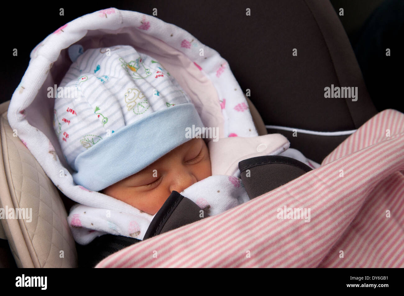 Baby Girl Infant Car Seats: Newborn Baby Girl, A Day Old, Asleep In Car Seat, Leaving