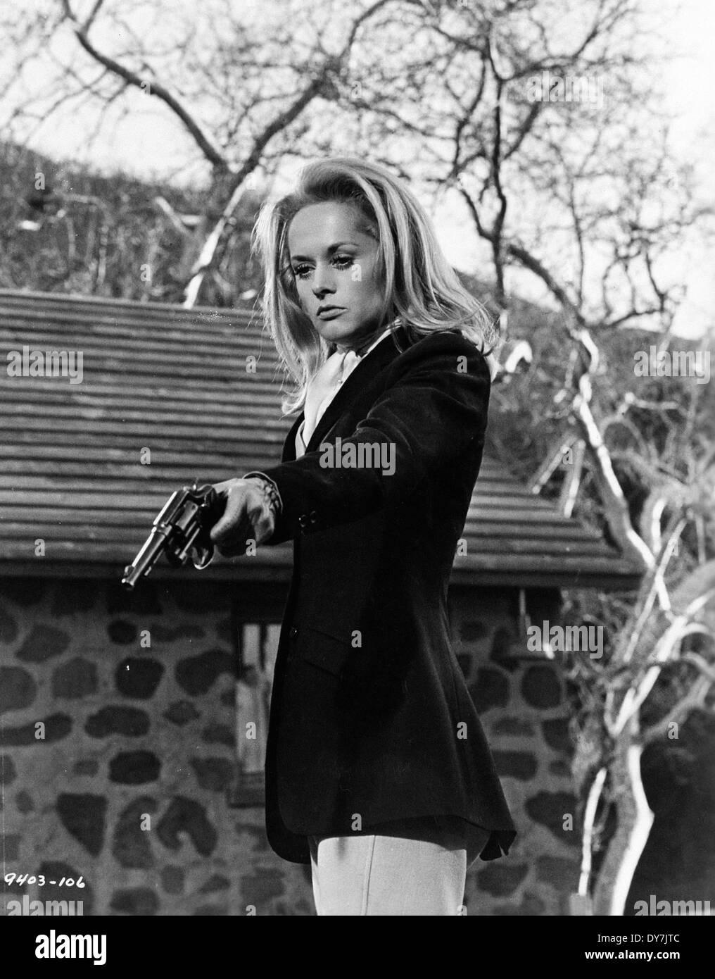 File:Alfred Hitchcock's Marnie Trailer - Tippi Hedren (2).png ...