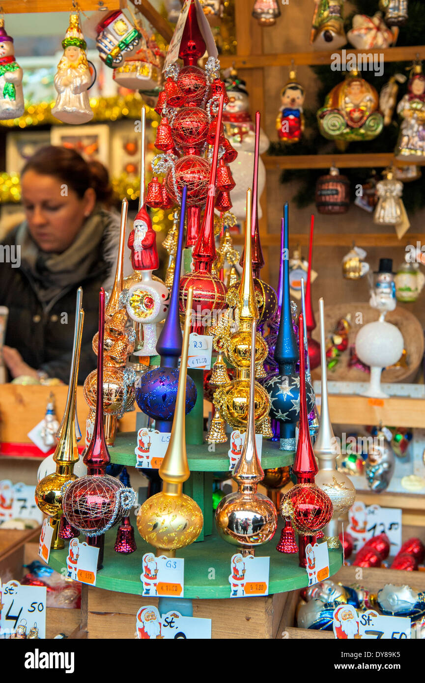 German christmas tree ornaments - Glass Christmas Tree Topper Ornaments At Christmas Market Nuremberg Germany
