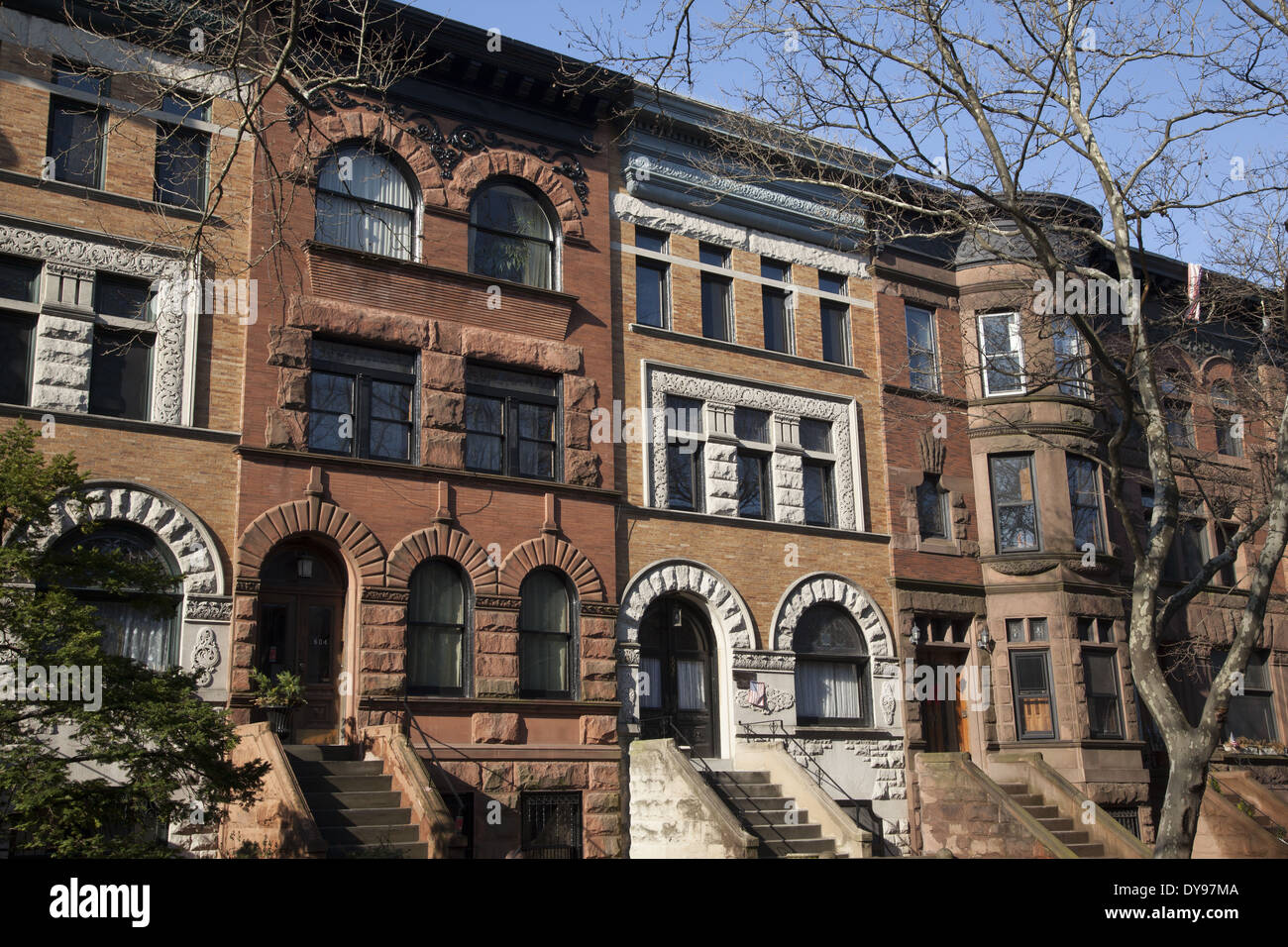 High stoop brownstone type homes and apartments in Park Slope ...