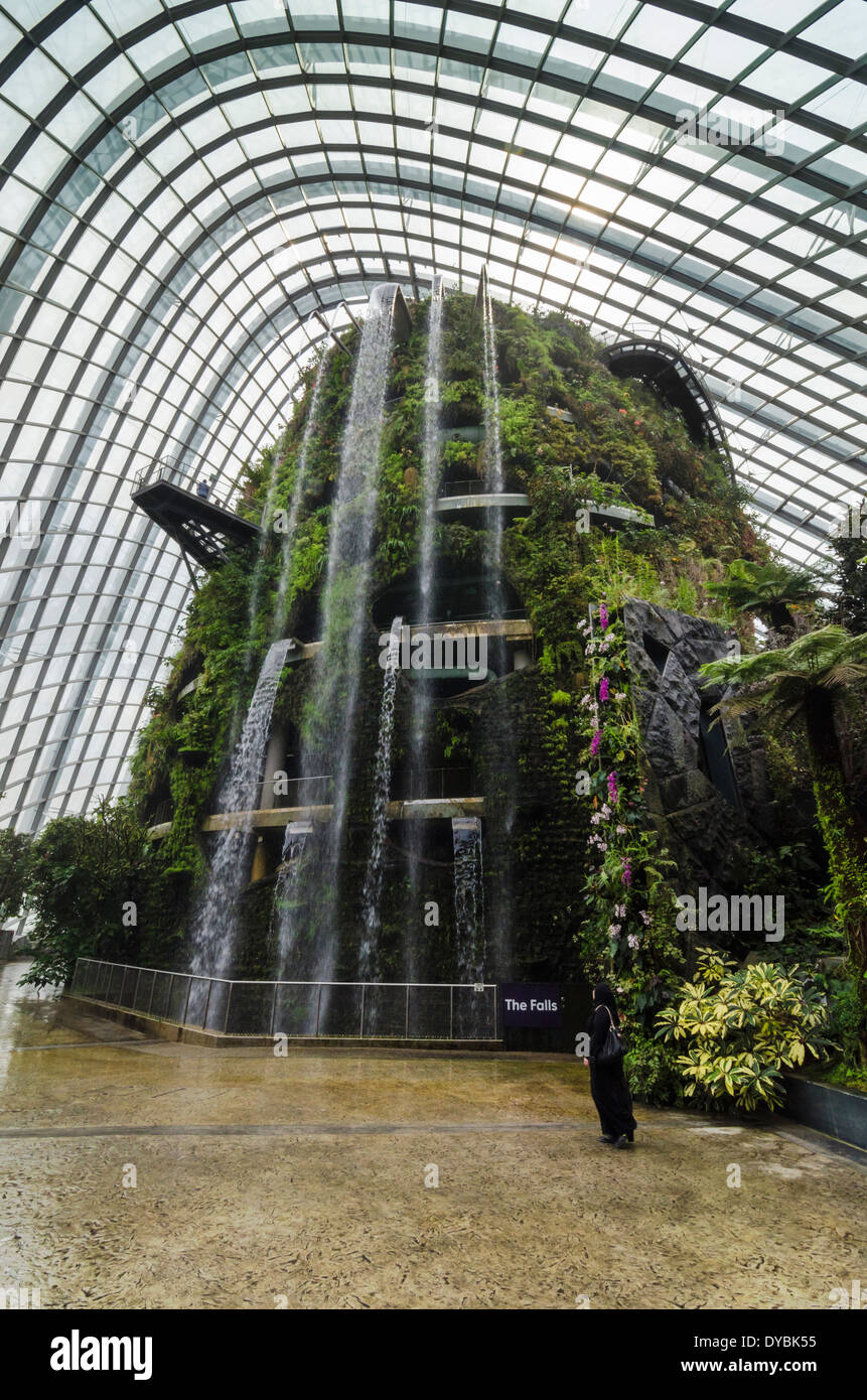 The Falls, a 35m indoor waterfall at the Cloud Forest Conservatory ...