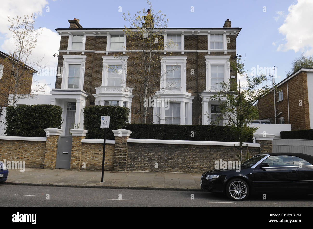 Gwyneth Paltrow Chris Martins London Home In Belsize Park UK