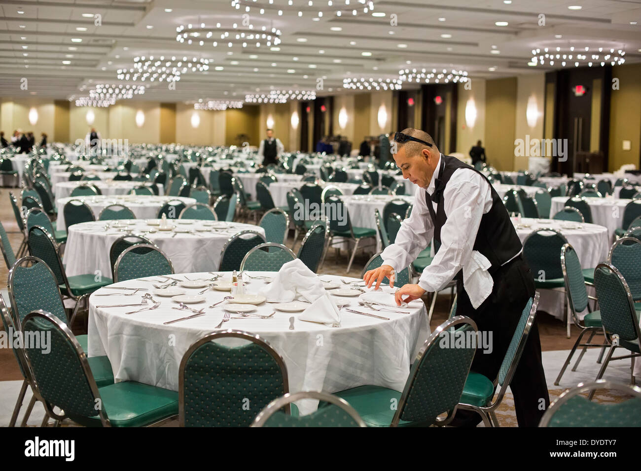 rehearsal dinner rosemont il. rosemont, illinois - a worker prepares for banquet at the crown plaza chicago o\u0027hare hotel. rehearsal dinner rosemont il