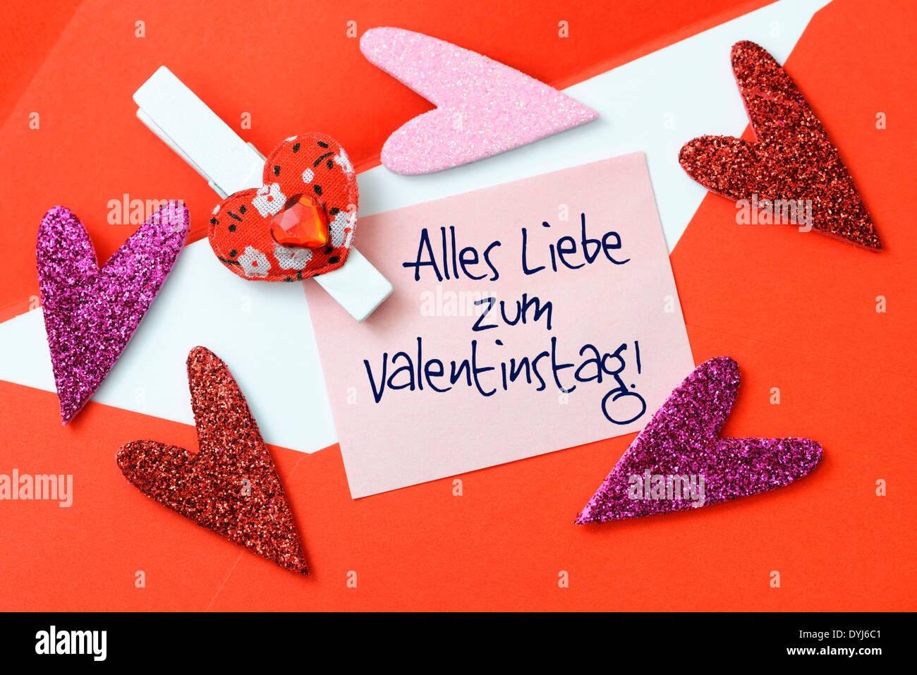 Stock Photo   Valentinstagsbrief Und Herzen