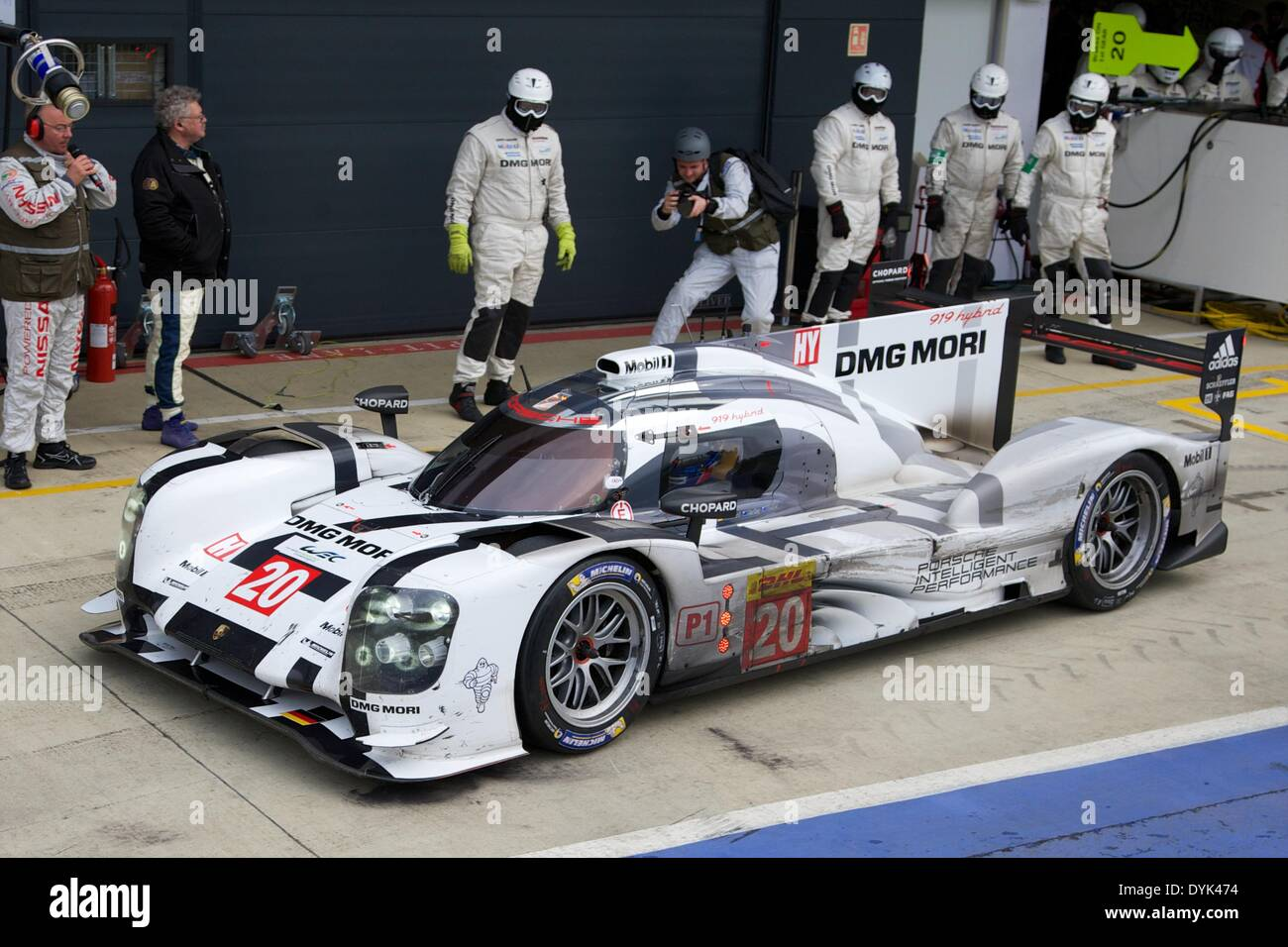 Silverstone Uk 20th Apr 2014 A Pit Stop For Porsche Team Porsche Stock Photo Royalty Free
