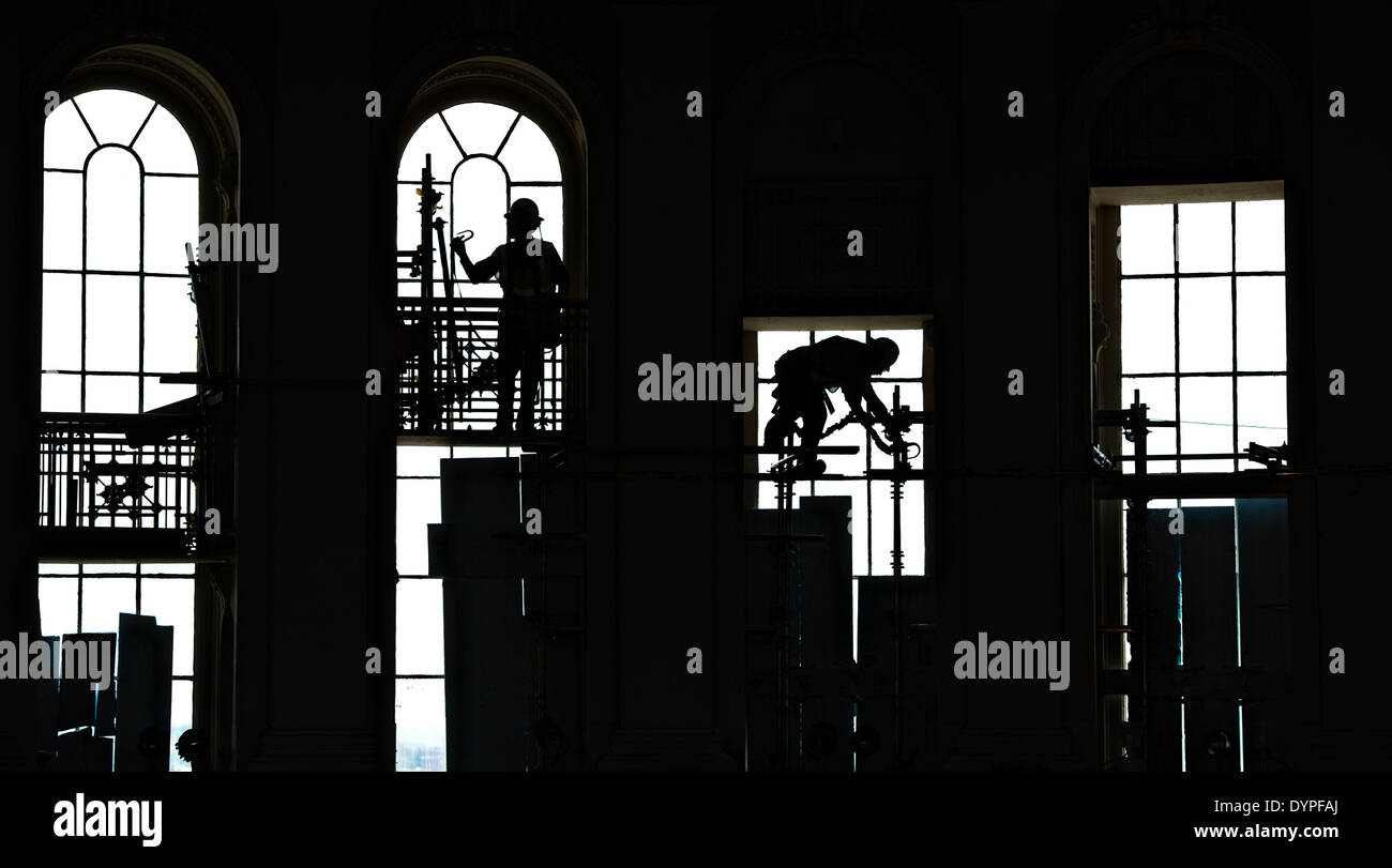 Workers create a scaffold to support a protective canopy inside the Rotunda during the restoration of the US Capitol Dome April 23 2014 in Washington DC.  sc 1 st  Alamy & Workers create a scaffold to support a protective canopy inside ...