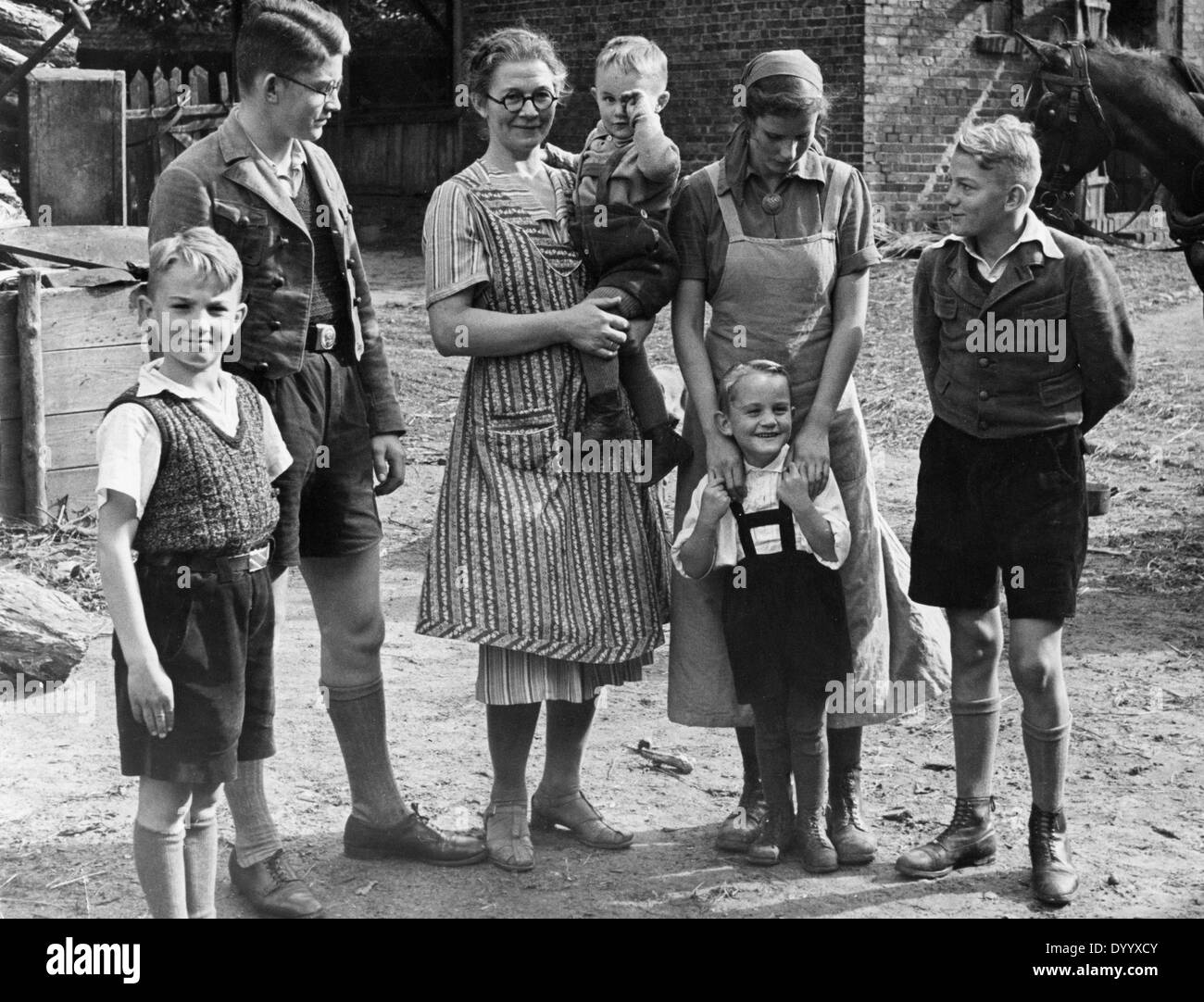 a german family in the warthegau 1940 stock photo 68840267 alamy. Black Bedroom Furniture Sets. Home Design Ideas