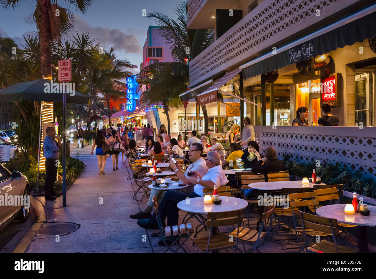 News Cafe On Ocean Drive At Night South Beach Miami Florida USA