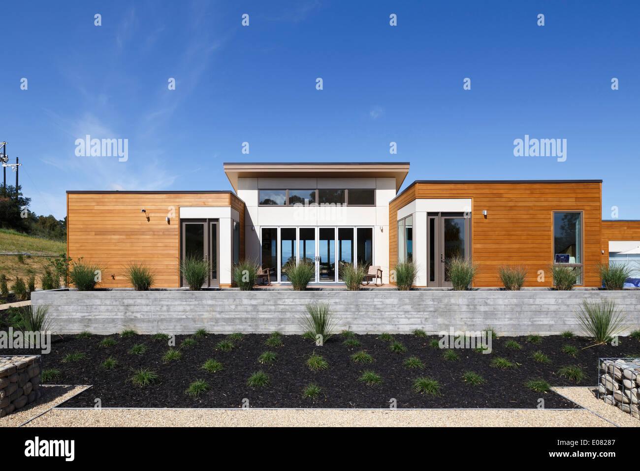 Blu Homes Mare Island Model Home Vallejo Ca