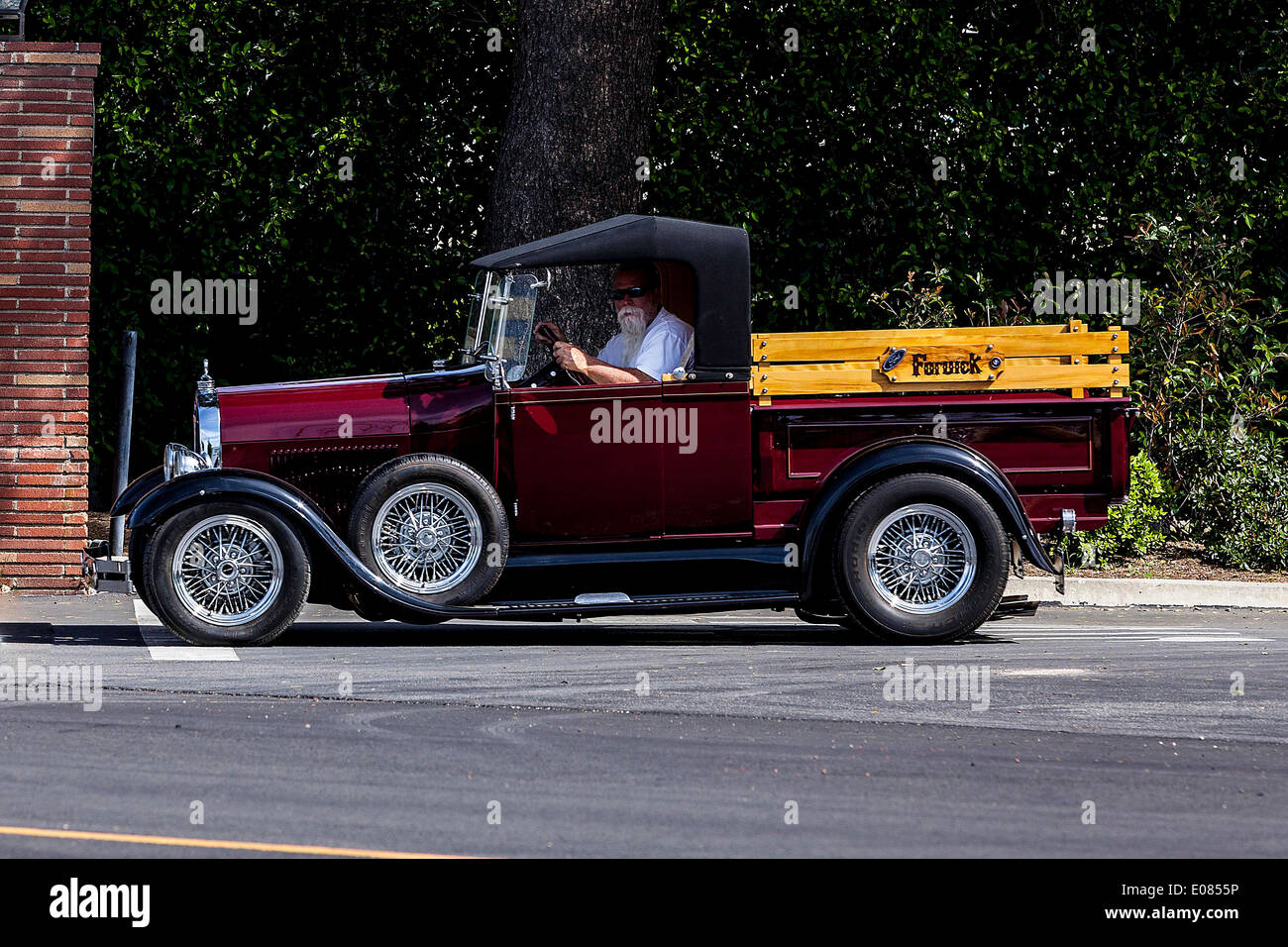A 1932 Ford pickup truck Hot Rod Stock Photo, Royalty Free Image ...