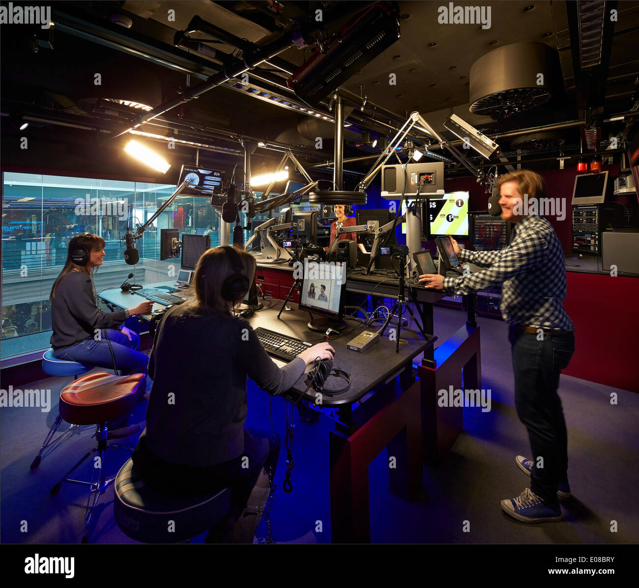 Bbc broadcasting house london united kingdom architect for Tech house london