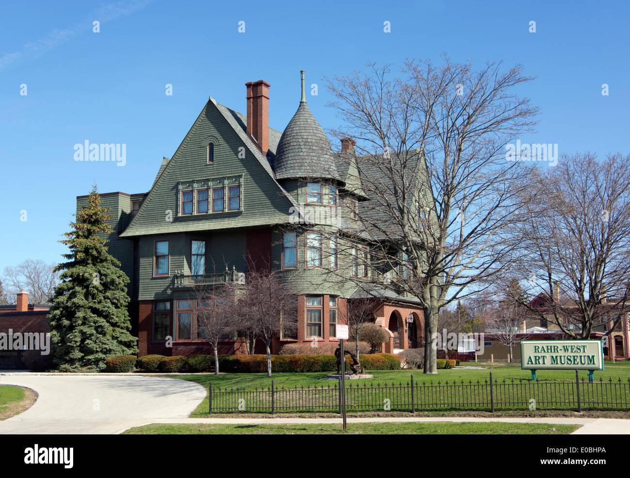 Rahr-west Art Museum Manitowoc Wisconsin Stock Photo, Royalty Free ...