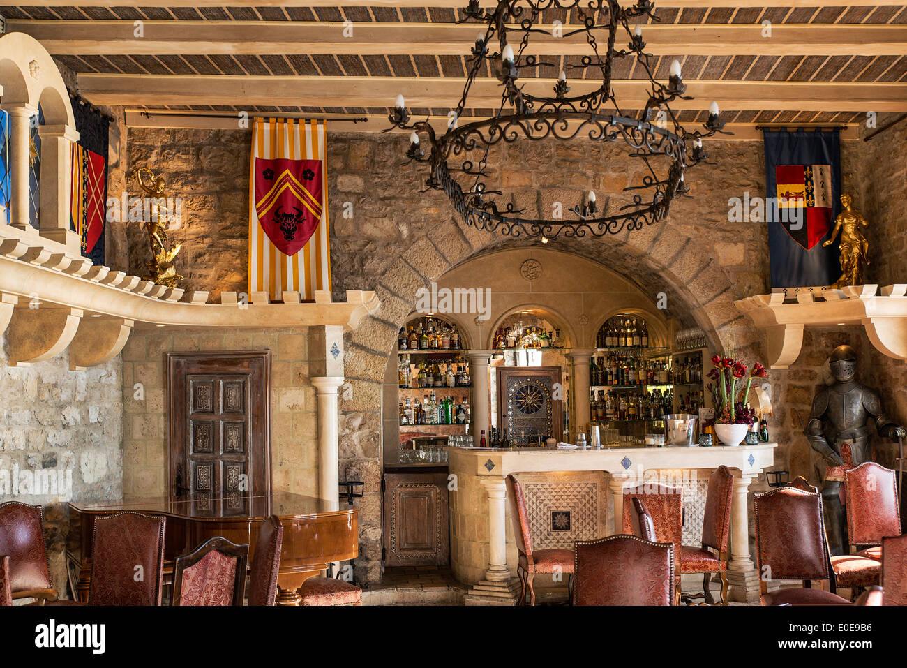 Luxury boutique hotel bar chateau eza eze cote d 39 azur for Hotel 9 luxury boutique zagreb