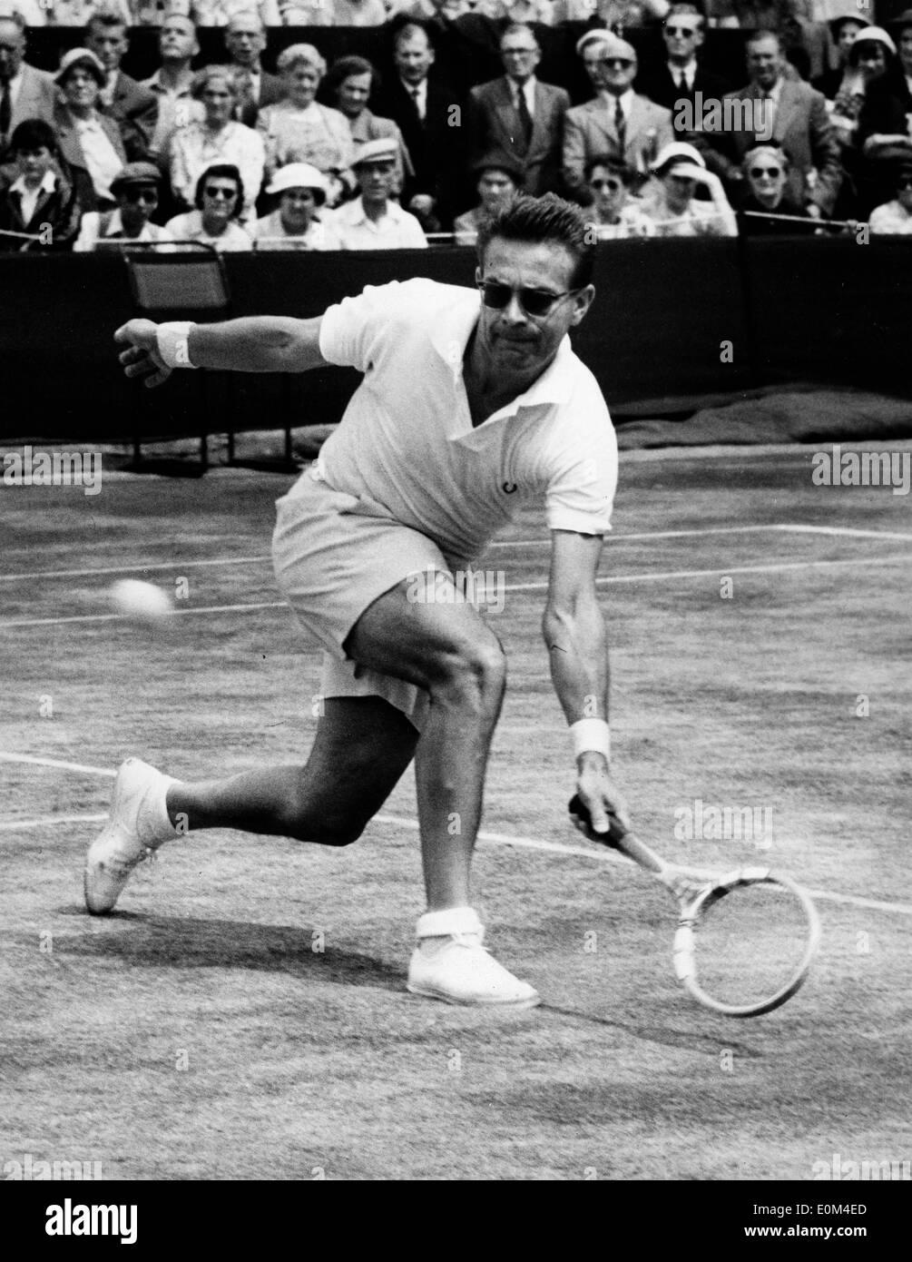 Tennis Champion Jaroslav Drobny in a match against B Bartzen at