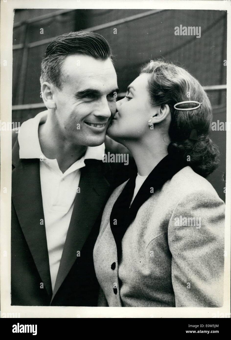 Jul 07 1953 Congratulations from his wife Seixas wins Men s
