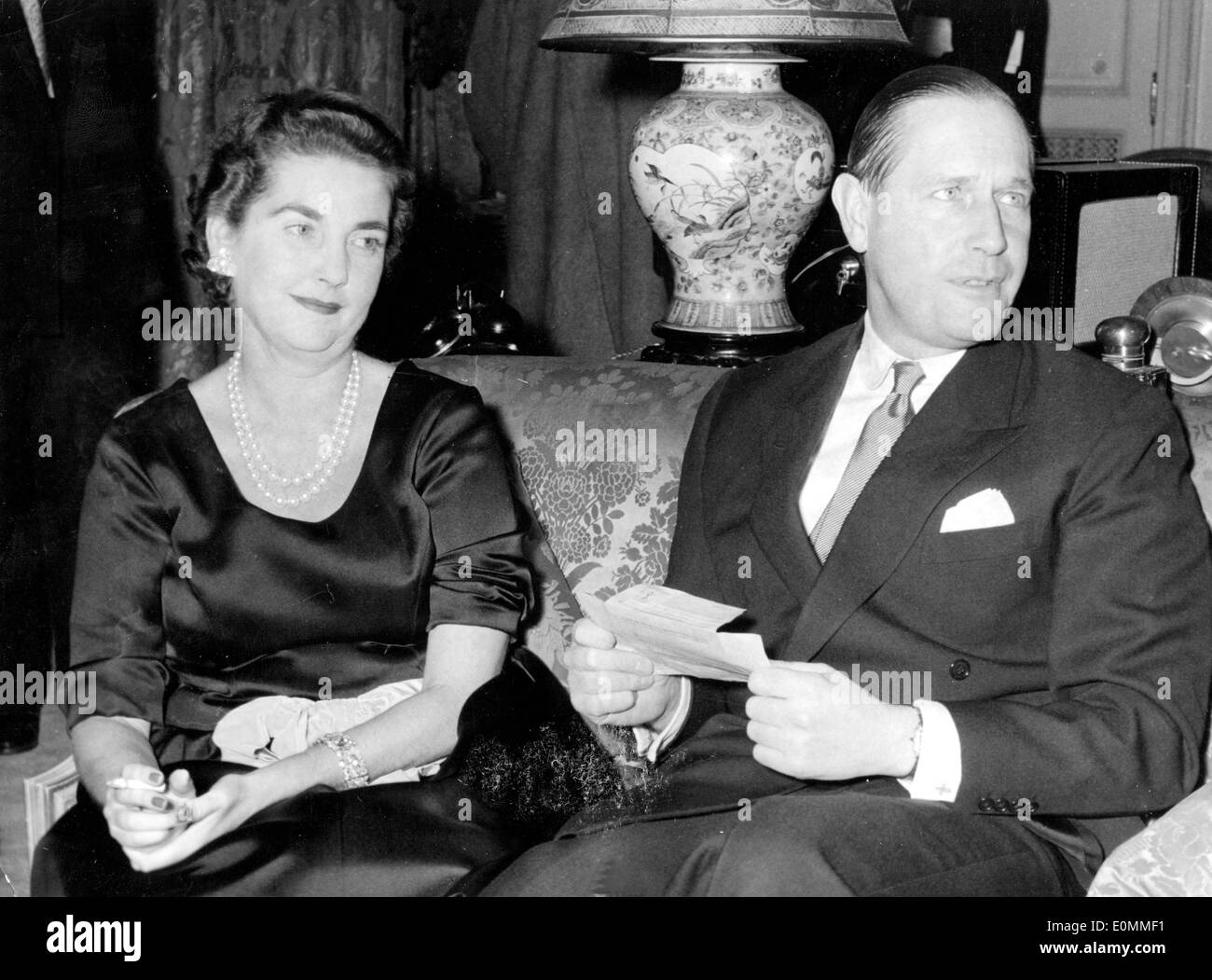 Socialite Barbara Hutton with husband Gottfried von Cramm Stock