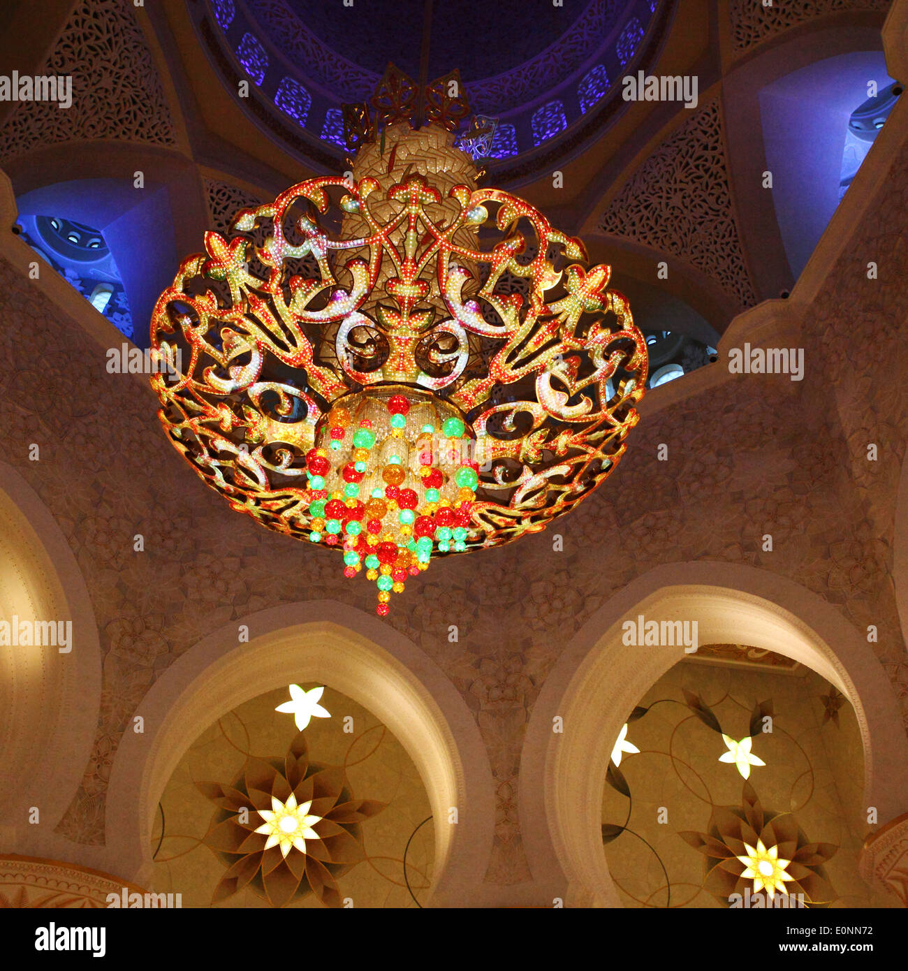 Chandelier of the Sheikh Zayed Grand Mosque in Abu Dhabi Stock ...