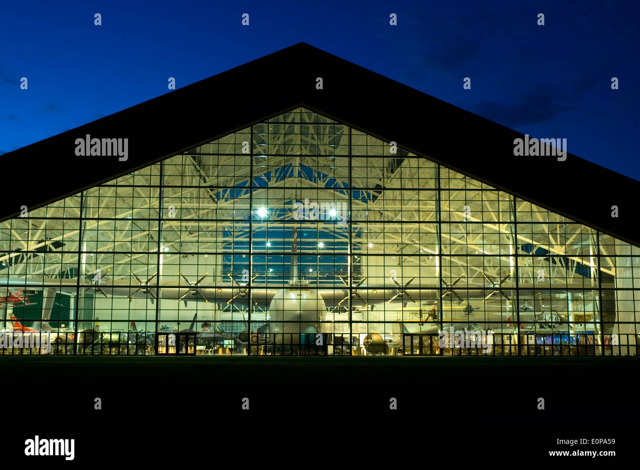 Spruce goose evergreen aviation museum mcminnville for Evergreen shop