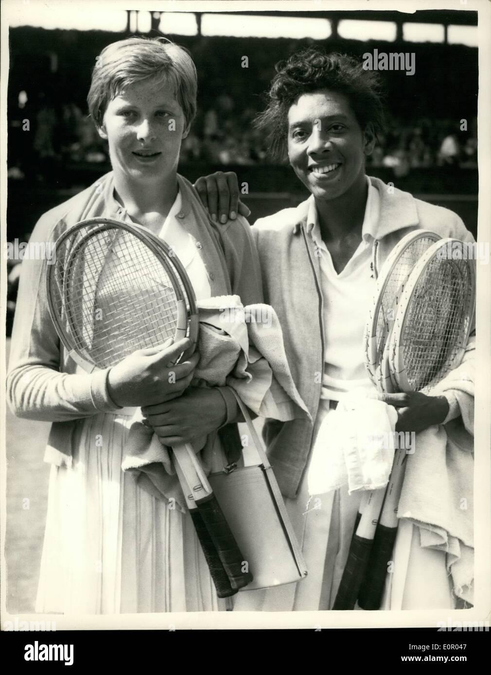 Jul 07 1957 Tennis at Wimbledon Women s Singles Semi Final