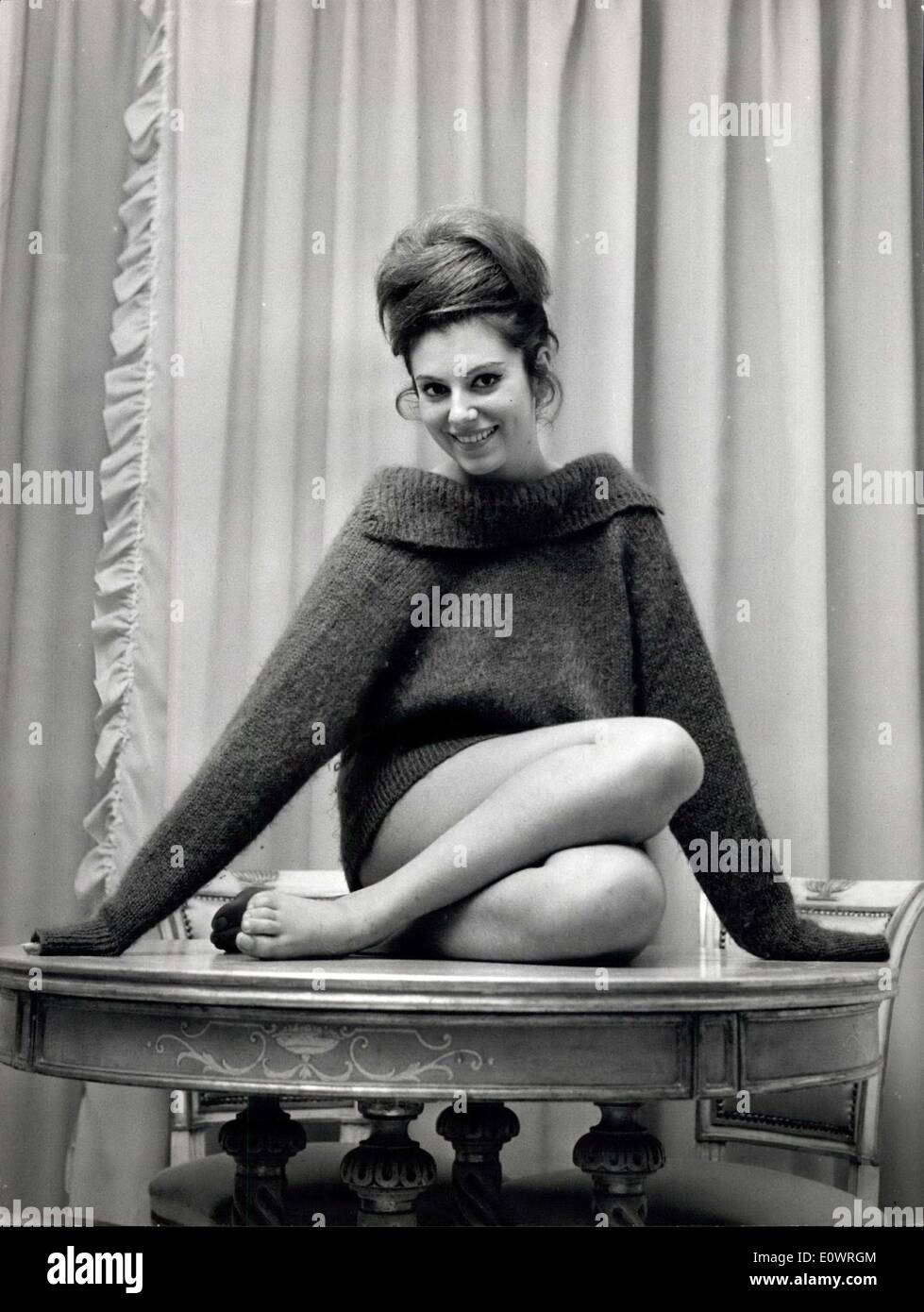 28 1963 ombretta colli 38 21 38 born in genova from italian father and spanish mother is only 20 but her name is already well known to movie stars