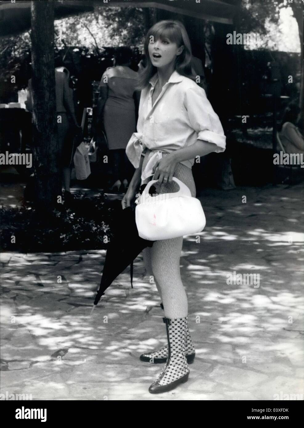 Black and white baby mobile designed and made in australia by tina - 08 1966 Red Hair American Star Tina Louise Is Filming In Rome